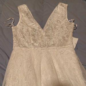 9388fb65518 Lulu s Dresses - Minnie White Lace Maxi Dress